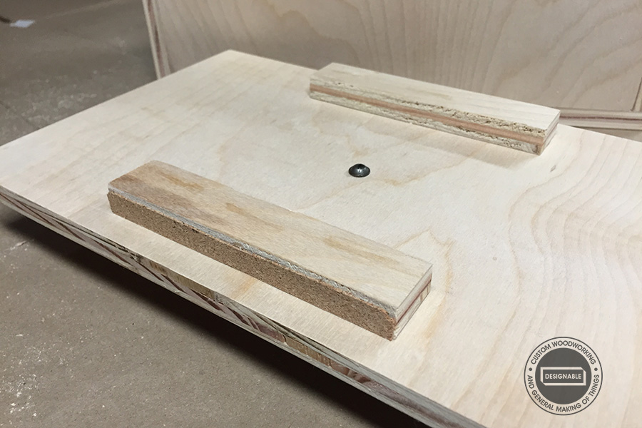 wedges added to the underside of lid for alignment